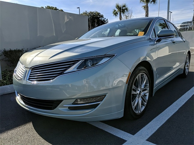 Pre-Owned 2014 Lincoln MKZ Hybrid